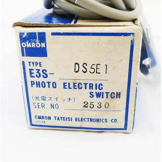 OMRON E3S-DS5E1 Photoelektrischer Sensor -unused-